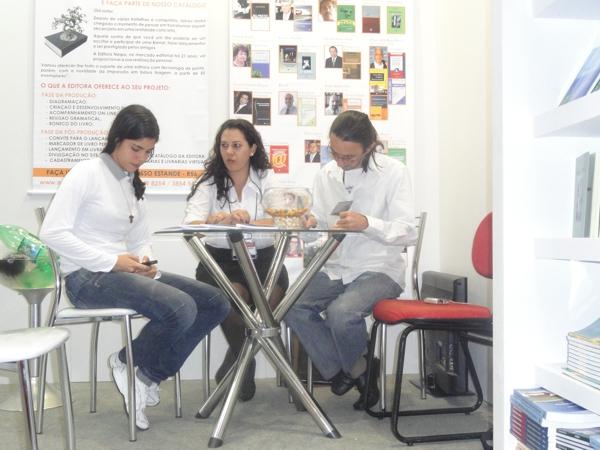 Lançamento do livro Nu Preto! Nu Branco!