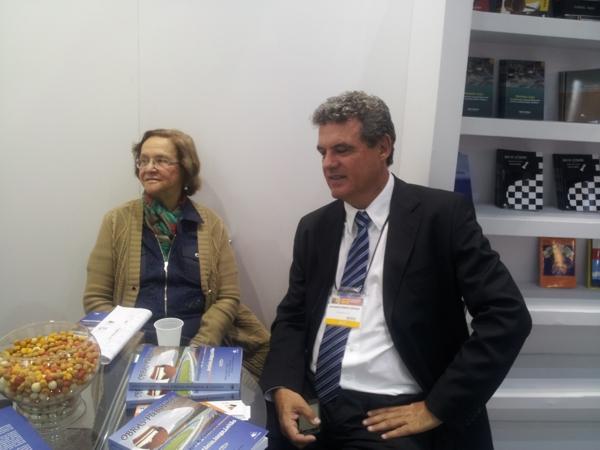 O autor e sua mãe