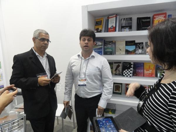 Jorge e o editor Fernando Dower
